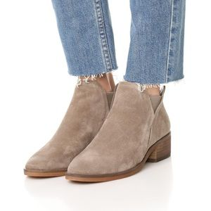 [Dolce Vita] Tay Suede Ankle Booties